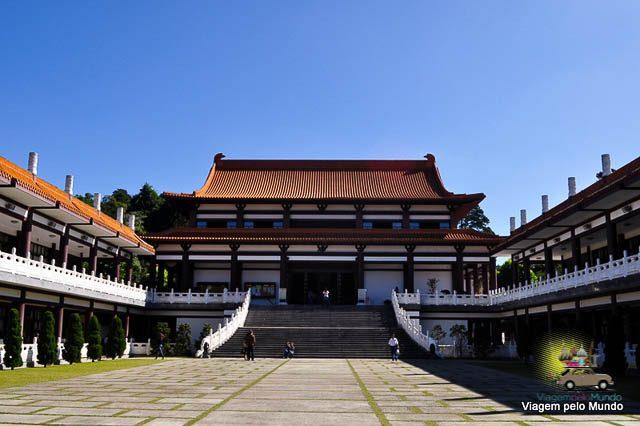 Templo Budista Zu Lai em Cotia, São Paulo