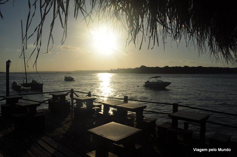 Pôr-do-sol na Lagoa dos Guaraíras