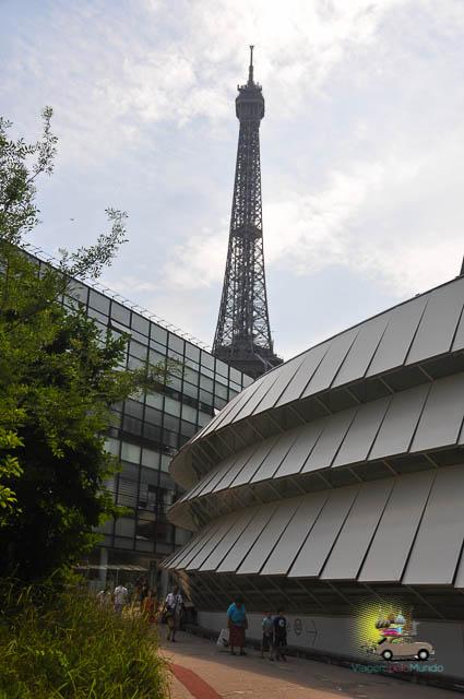 Museu do Quai Branly em Paris: um museu da cultura não-europeia