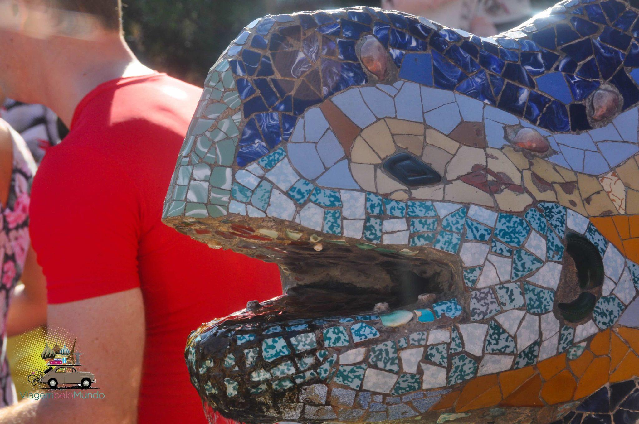 Passeio pelo Park Güell em Barcelona, Espanha