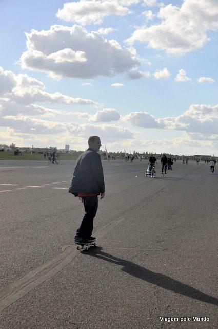 Tempelhofer Park em Berlim: antigo aeroporto