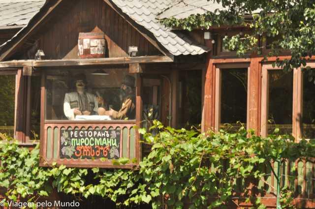 Restaurante U Pirosmani em Moscou: comida georgiana, Viagem pelo Mundo blog
